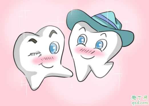 宝宝出牙会有低烧吗 小孩先长上牙还是下牙1