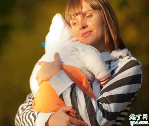 为什么小孩出生有牙齿 宝宝出生有牙齿弄掉以后有影响吗3