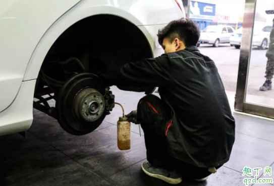 刹车油重要吗 刹车油会变少吗4