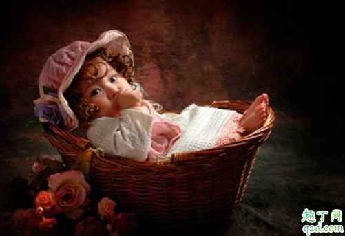 新生儿黄疸能不能喝葡萄糖 宝宝黄疸喂母乳有关系吗4